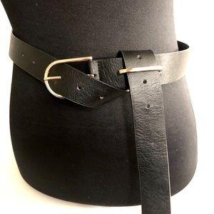 Accessories - New unique Black Slip through Edgy belt
